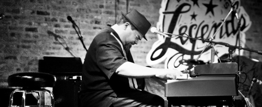 Chicago blues ambassador Marty Sammon will play at Horse Thief Hollow's 4th anniversary party on Saturday, February 4, 2017.